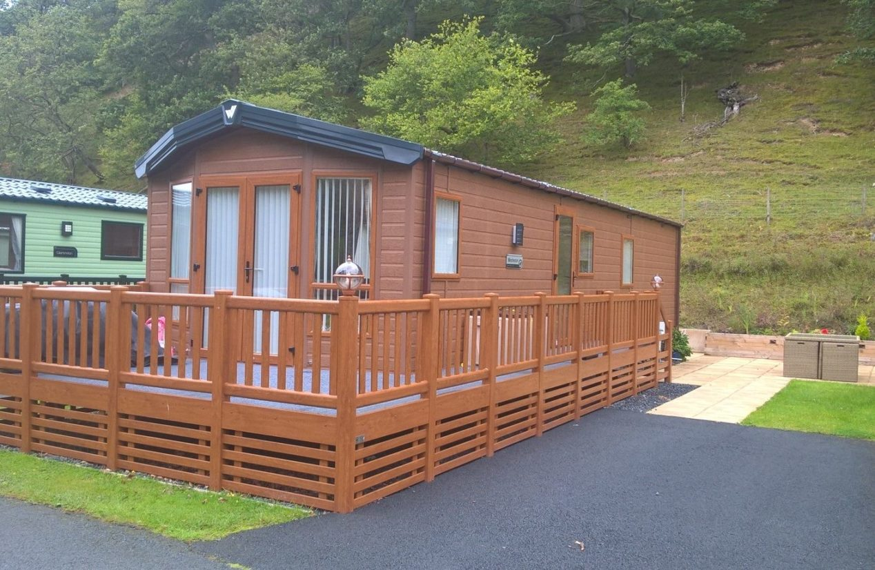 Willerby Winchester Lodge,  Sunny, South Facing Plot, Inclusive of a wrap around UPVC deck