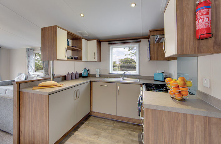 Kitchen with Integrated Dishwasher (Gallery Photo, same spec)