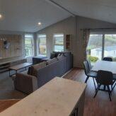 A Very Luxurious, Spacious & Modern Interior