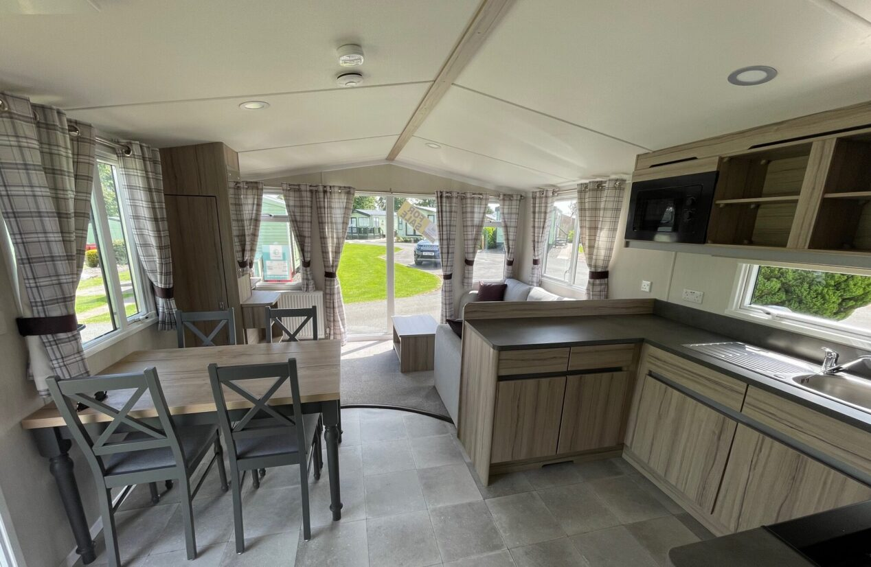 Open plan living area, dining and kitchen